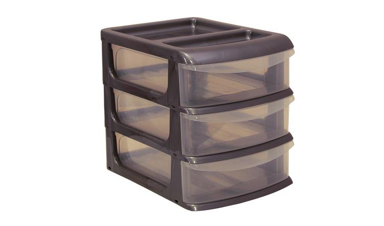 """Универсальный бокс """"Idea"""" выполнен из высококачественного пластика и имеет три удобные выдвижные секции. Бокс предназначен для хранения предметов шитья и рукоделия, мелких бытовых предметов и всех необходимых мелочей. Изделие позволит компактно хранить вещи, поддерживая порядок и уют в вашем доме. Размер бокса: 20 см х 14,5 см х 18 см.  Внутренний размер секции: 19 см х 13 см х 4,8 см."""