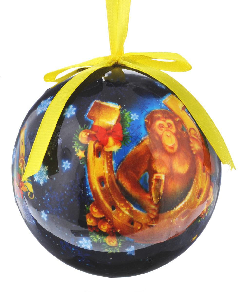 Новогоднее подвесное украшение Sima-land Шар. Удачи и богатства, диаметр 10 см1099614Новогоднее подвесное украшение Sima-land Шар. Удачи и богатства выполнено из пенопласта, оформлено изображением обезьянки с подковой и надписью Удачи и богатства. С помощью специальной петельки украшение можно повесить в любом понравившемся вам месте. Но, конечно, удачнее всего оно будет смотреться на праздничной елке.Елочная игрушка - символ Нового года. Она несет в себе волшебство и красоту праздника. Создайте в своем доме атмосферу веселья и радости, украшая новогоднюю елку нарядными игрушками, которые будут из года в год накапливать теплоту воспоминаний.
