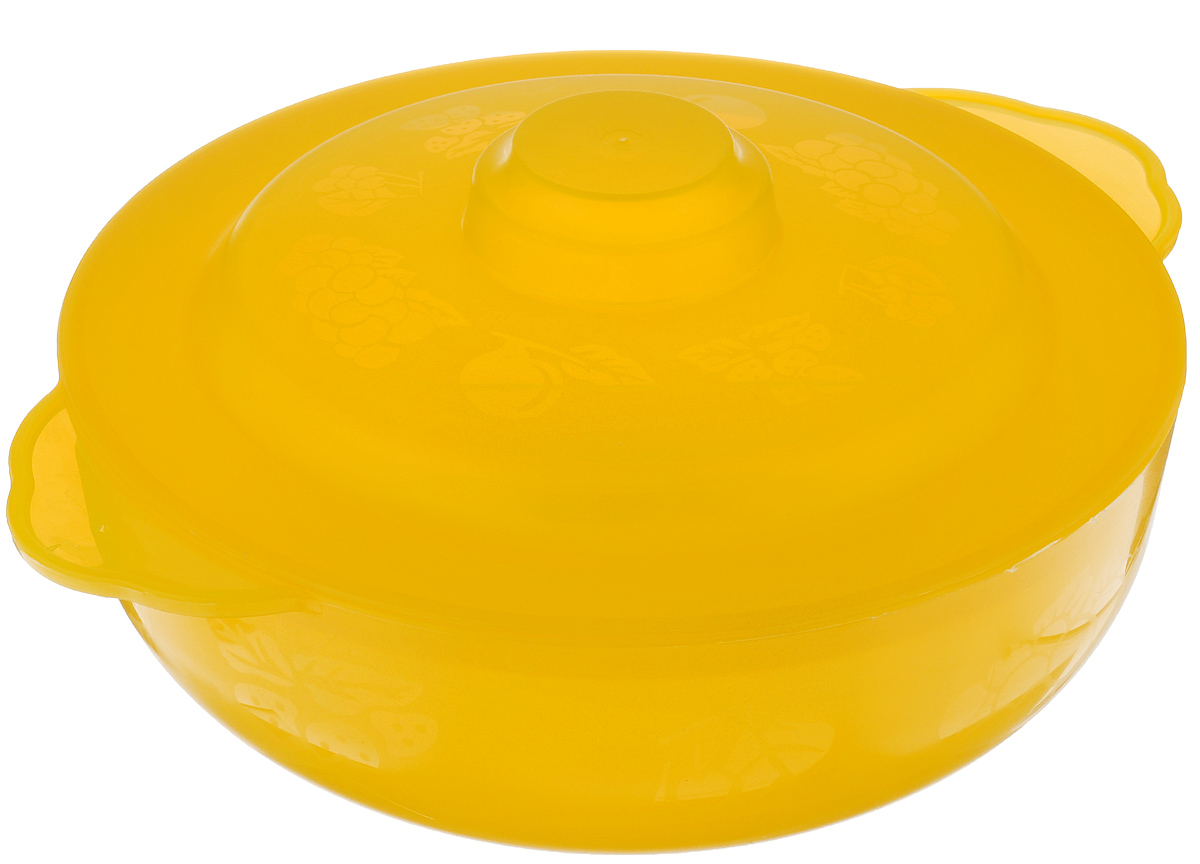 """Чаша Альтернатива """"Хозяюшка"""", изготовленная из высококачественного пластика, декорирована изображением фруктов. Изделие оснащено крышкой и подходит для повседневного использования. Такая чаша отлично подойдет для сервировки стола, а также в ней можно подавать салаты. Приятный дизайн чаши подойдет практически для любого случая.Диаметр: 22 см. Ширина (с учетом ручек): 27 см. Высота стенки: 7,5 см. Объем: 2,5 л."""