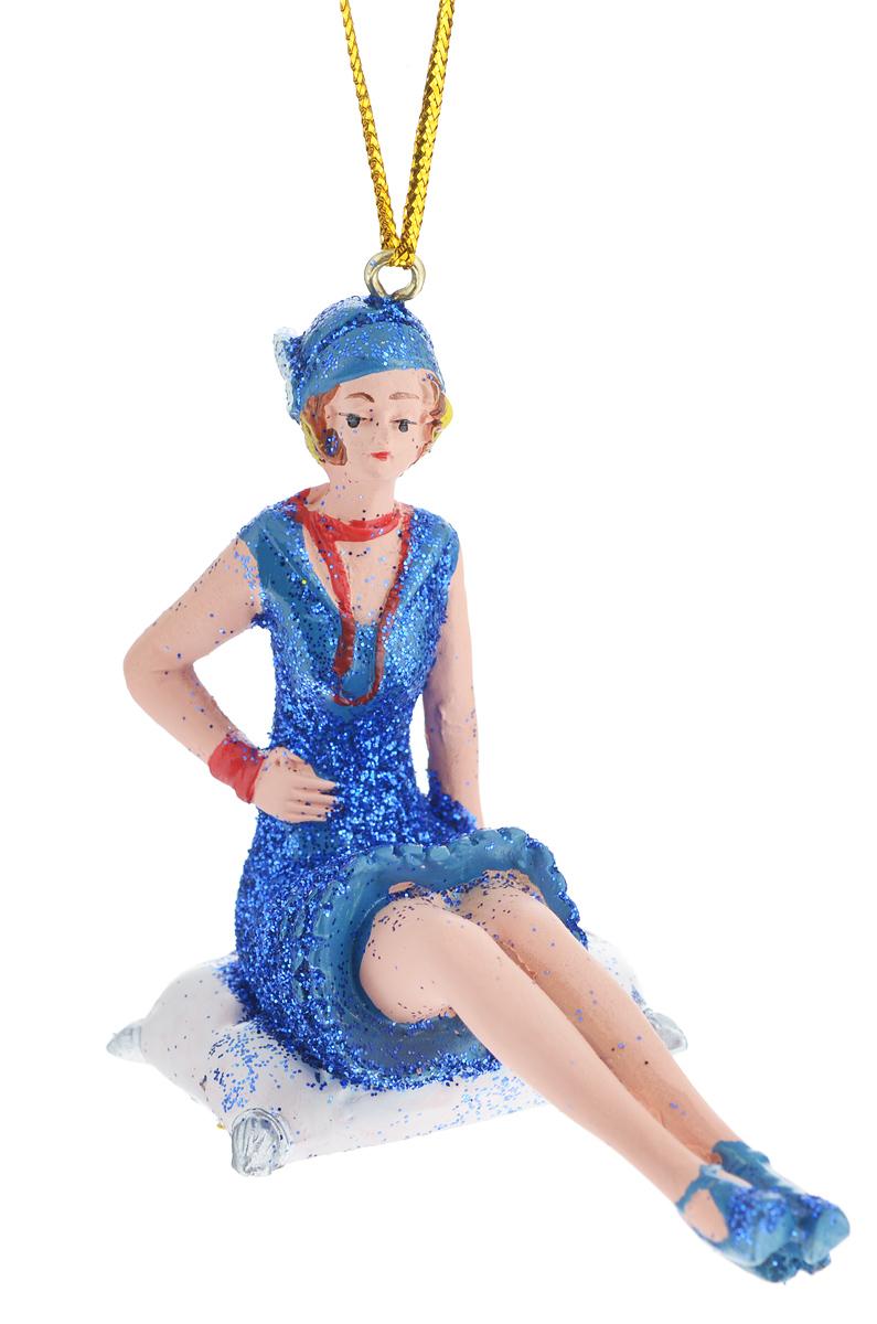 Новогоднее подвесное украшение Феникс-презент Девушка на подушке38327Новогоднее украшение Феникс-презент Девушка на подушке, изготовленное из высококачественногополирезина, прекрасно подойдет для праздничного декора дома иновогодней ели. С помощьюспециальной текстильной петельки его можно повесить в любомпонравившемся вам месте.Елочная игрушка - символ Нового года. Она несет в себе волшебство и красоту праздника.Создайте в своем доме атмосферу веселья и радости, украшая новогоднюю елку наряднымиигрушками, которые будут из года в год накапливать теплоту воспоминаний.