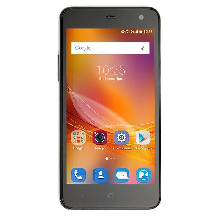 ZTE Blade L4 Pro, BlackZTE BLADE L4 PRO 4G BLACKZTE Blade L4 Pro - доступный и производительный смартфон в эргономичном корпусе на базе 64-битного четырёхъядерного процессора MediaTek MT6735P с частотой 1 ГГц и 1 ГБ оперативной памяти. Для хранения информации предусмотрено 8 ГБ встроенной памяти.Телефон оснащен качественным 5-дюймовым HD IPS-дисплеем с разрешением 1280 x 720 пикселей, а также двумя слотами для сим-карт и слотом для карт памяти microSD (до 32 ГБ). Емкость аккумулятора составляет 2200 мАч.ZTE Blade L4 Pro имеет основную камеру 8 мегапикселей со вспышкой и фронтальную на 5 мегапикселей для видеозвонков и селфи. Работает девай под управлением современной ОС Android 5.1.Телефон сертифицирован Ростест и имеет русифицированный интерфейс меню, а также Руководство пользователя.