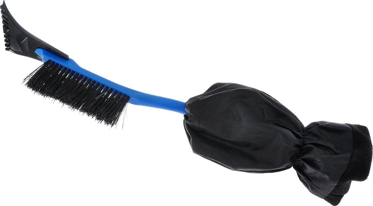 Щетка для снега Sapfire, с варежкой, цвет: синий, черный, длина 52 смSF-0100_синий, черныйЩетка для снега Sapfire, изготовленная из твердого морозостойкого пластика, оснащена мягкой, нескользящий рукоятью с варежкой, которая отлично защитит руки от низкой температуры и влаги. Мощный скребок с зубьями предназначен для твердого льда. Особо мягкая щетина из высокоупругого полимера предотвращает царапины на лакокрасочном покрытии. Длина щетки: 52 см. Ширина скребка: 10 см. Длина ворса щетины: 6 см.Ширина рабочей поверхности: 16 см. Размер варежки: 27 см х 14 см х 4 см.