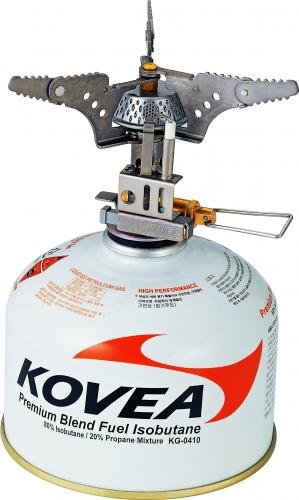 Горелка газовая Kovea Titanium Stove Camp-3 KB-010120-5-032Газовая горелка Kovea Titanium Stove Camp-3 KB-0101 с пъезоподжигом, очень легкая и компактная, из титана. Разработана специально для людей, которые экономят на весе и объеме. Благодаря наличию пъезоподжига и соотношению цены и качества, это лучшая горелка для экстремальных условий в горах, на сплаве, в сложных велопоходах и везде, где экономится объем и вес. Горелка работает от баллона резьбового стандарта, но возможно и подсоединение к цанговому баллону при помощи адаптера со шлангом Cobra. Комплектация: горелка, пластиковый кофр, инструкция по эксплуатации. Мощность: 1,92 кВт. Вес: 88 г. Расход топлива: 140 г/ч. Размер (в походном положении): 81 мм x 67 мм x 38 мм.Диаметр конфорки: 12 см.