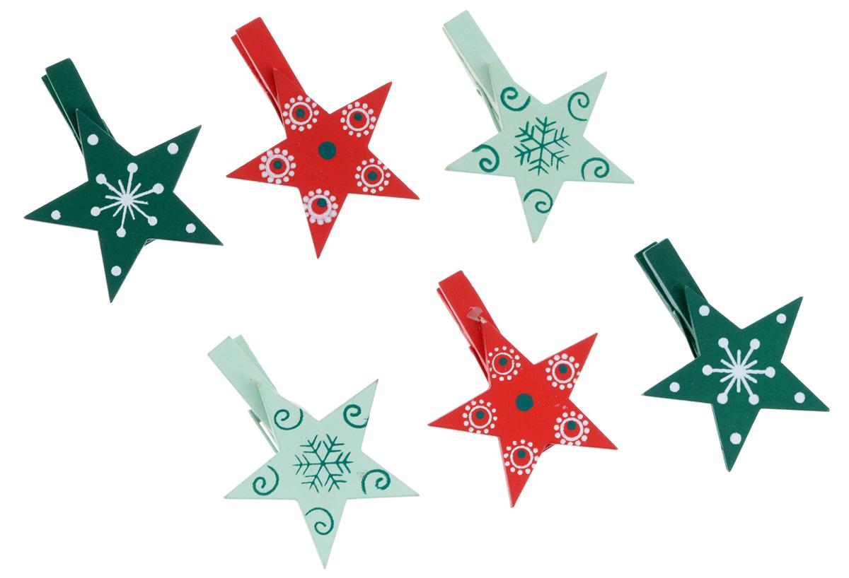 Декоративная прищепка Феникс-презент Разноцветные звездочки, 6 шт38653Набор Феникс-презент Разноцветные звездочки состоит из 6 декоративных украшений на прищепке, изготовленных из полирезина и дерева. Изделия станут прекрасным дополнением к оформлению вашего интерьера. Они используются для развешивания стикеров на веревке, маленьких игрушек, а оригинальность и веселые цвета прищепок будут радовать глаз и поднимут настроение.
