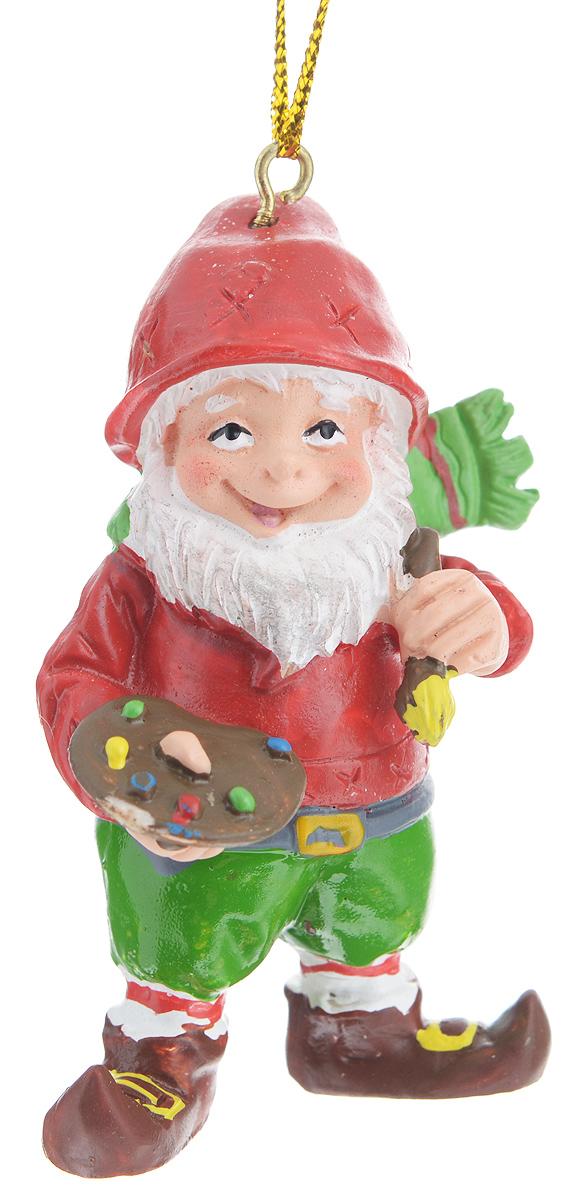 Новогоднее подвесное украшение Феникс-презент Гном-художник38982Новогоднее украшение Феникс-презент Гном-художник, изготовленное из высококачественного полирезина, прекрасно подойдет для праздничного декора дома и новогодней ели. Изделие выполнено в виде гнома с художественными принадлежностями. С помощью специальной текстильной петельки его можно повесить в любом понравившемся вам месте. Но, конечно, удачнее всего такая игрушка будет смотреться на праздничной елке. Елочная игрушка - символ Нового года. Она несет в себе волшебство и красоту праздника. Создайте в своем доме атмосферу веселья и радости, украшая новогоднюю елку нарядными игрушками, которые будут из года в год накапливать теплоту воспоминаний.