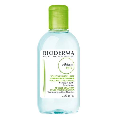 Bioderma очищающая вода Sebium 500 млB028640PОчищающее средство для жирной и комбинированной кожи, кожи с акне (в том числе акне новорожденных!) оказывает антибактериальное действие. Мягко очищает. Улучшает качество себума. Снижает синтез кожного сала. Успокаивает кожу.Мягко очищает, оказывает антибактериальное действие