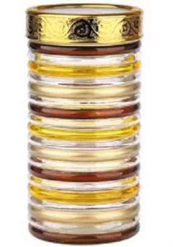 """Банка Bohmann """"Кольца"""" изготовлена из стекла. Емкость снабжена пластиковой крышкой, которая плотно и  герметично закрывается, дольше сохраняя аромат и свежесть содержимого. Банка подходит для  хранения сыпучих продуктов: круп, специй, сахара, соли. Такая банка станет полезным  приобретением и пригодится на любой кухне. Диаметр: 11,5 см. Высота: 22,5 см."""