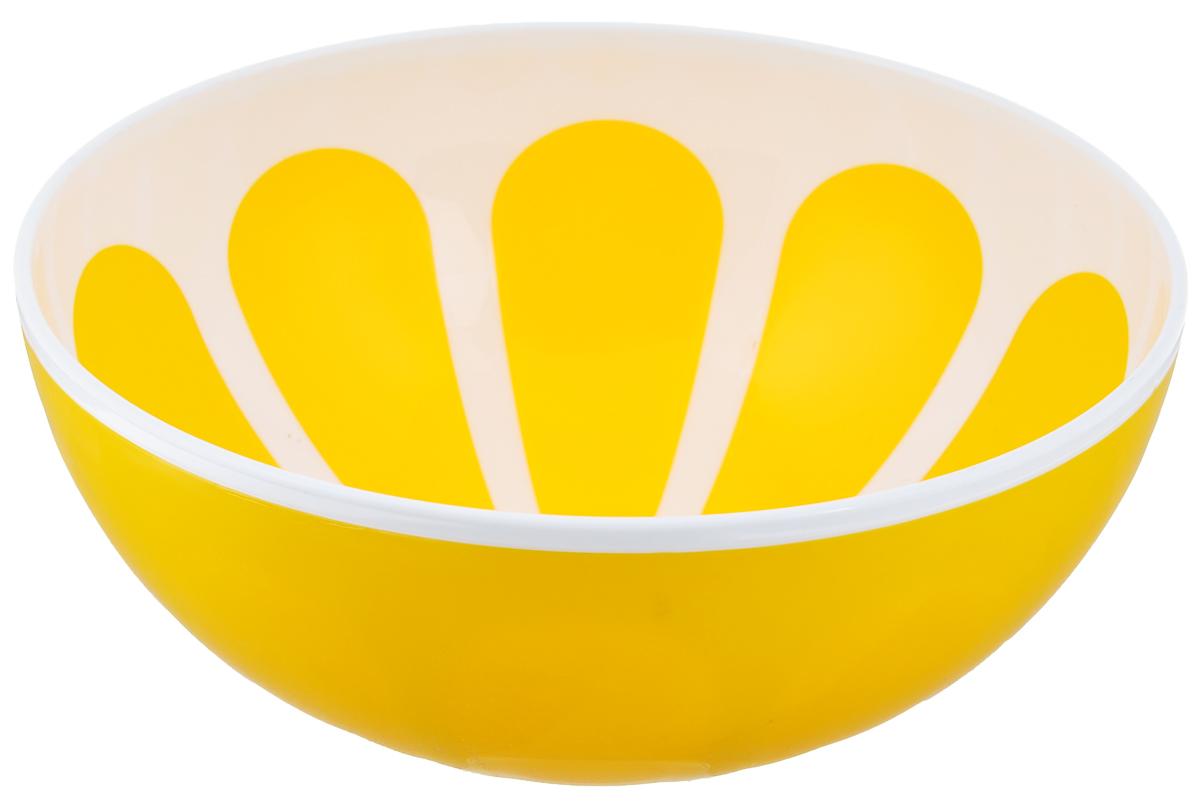 Салатник Альтернатива Лимон, цвет: белый, желтый, диаметр 20,5 смМ3079Салатник Альтернатива Лимон изготовлен из высококачественного пластика и оформленкрасочным изображением. Изделие сочетает в себе изысканный дизайн с максимальной функциональностью.Он прекрасно впишется винтерьер вашей кухни и станет достойным дополнением к кухонному инвентарю. Салатник не только украсит ваш кухонный стол и подчеркнет прекрасный вкусхозяйки,но и станет отличным подарком.Салатник прекрасно подойдет для сервировки различных блюд. Яркий дизайнукраситстол и порадует вас и ваших гостей.Диаметр: 20,5 см.Высота: 8,5 см.