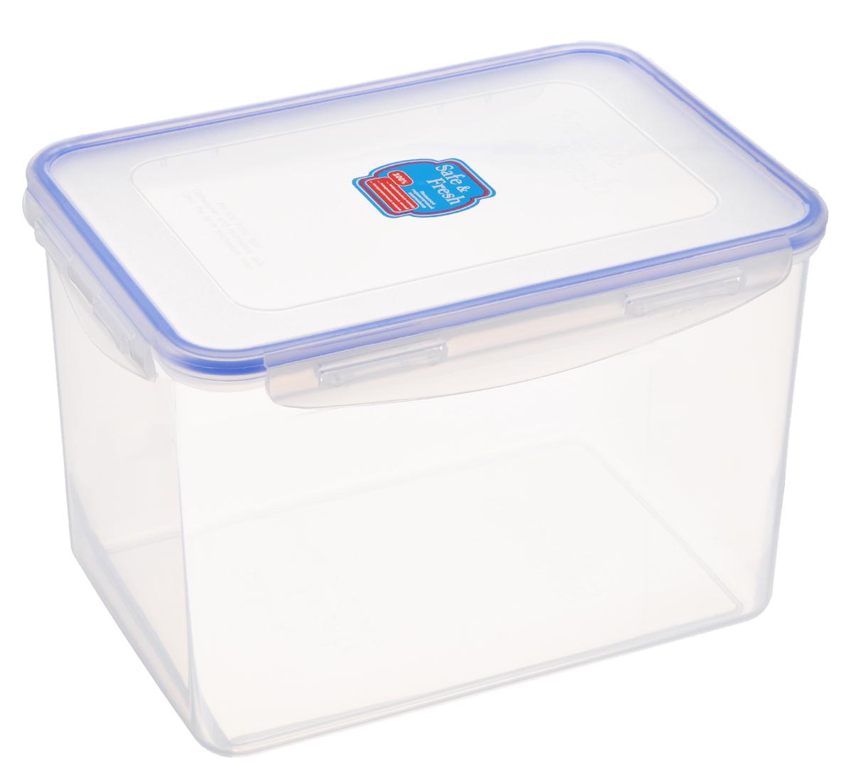 Контейнер пищевой Tek-a-Tek Safe & Fresh, цвет: прозрачный, синий, 3,9 лSF5-3Пищевой контейнер Tek-a-Tek Safe & Fresh выполнен из высококачественного пластика, устойчивого к высоким температурам. Контейнер предназначен для хранения продуктов питания, замораживания и разогревания в микроволновой печи. Изделие оснащено четырехсторонними петлями-замками и силиконовой прокладкой на внутренней стороне крышки, что позволяет сохранять герметичность.Изделие абсолютно нетоксично при любом температурном режиме. Можно использовать в посудомоечной машине до +120°С, в микроволновой печи (без крышки), в морозильной камере -40°С.