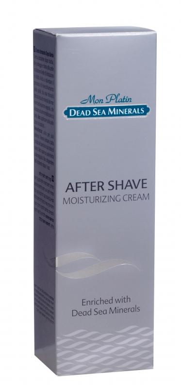 Mon Platin DSM Увлажняющая эмульсия после бритья, 150 млDSM18Эмульсия после бритья отличается деликатным воздействием: она смягчает, расслабляет кожу и предотвращает появление раздражения на ней. Глубоко увлажняет, питает и защищает кожу. Сочетание экстрактов ромашки, алоэ и минералов Мертвого моря восстанавливает баланс влаги, заряжает кожу энергией и оказывает дезинфицирующее действие. Благодаря аминокислотам и моносахаридам замедляет процесс старения. Обладает тонким приятным ароматом.Рекомендовано: для всех типов кожи и для любого возраста.Товар сертифицирован.