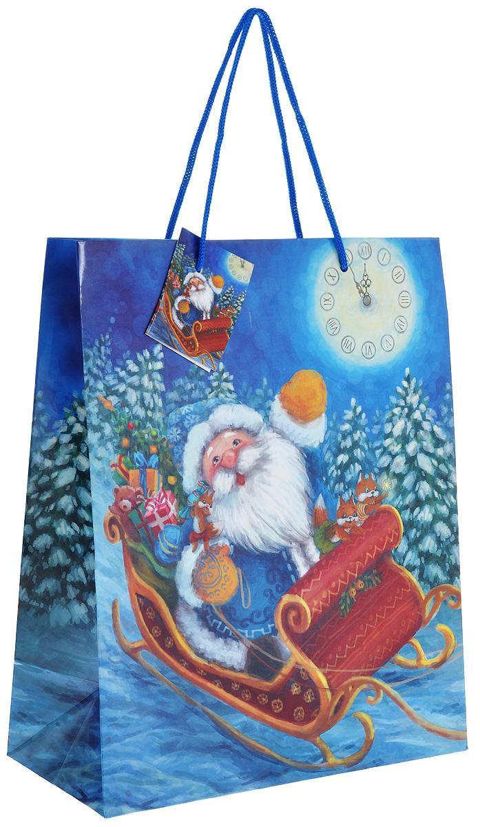Пакет подарочный Феникс-презент Дед Мороз в санях, 26 х 32,4 х 12,7 см38552Подарочный пакет Феникс-презент Дед Мороз в санях, изготовленный из плотной бумаги, станет незаменимым дополнением к выбранному подарку. Дно изделия укреплено картоном, который позволяет сохранить форму пакета и исключает возможность деформации дна под тяжестью подарка. Для удобной переноски на пакете имеются две ручки из шнурков.Подарок, преподнесенный в оригинальной упаковке, всегда будет самым эффектным и запоминающимся. Окружите близких людей вниманием и заботой, вручив презент в нарядном, праздничном оформлении.