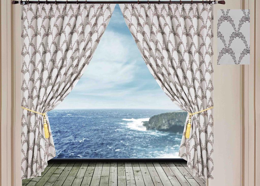 Комплект штор SL, на ленте, цвет: светло-серый, высота 270 см. 1027810278Роскошный комплект штор Soft Line изготовлен из мягкого бархатистого полиэстера с жаккардовым рисунком. Комплект состоит из двух плотных полотен, благодаря чему они надежно защищают комнату от солнечного света днем и от уличного освещения вечером. По верхнему краю прошита плотная широкая шторная лента для крючков.