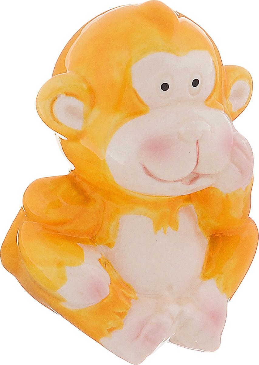 Сувенир керамика Обезьянка цветная, цвет: желтый, 5,5 х 5,5 х 7 см сувенир sima land обезьянка в шарфике цвет желтый 7 х 5 7 х 8 5 см