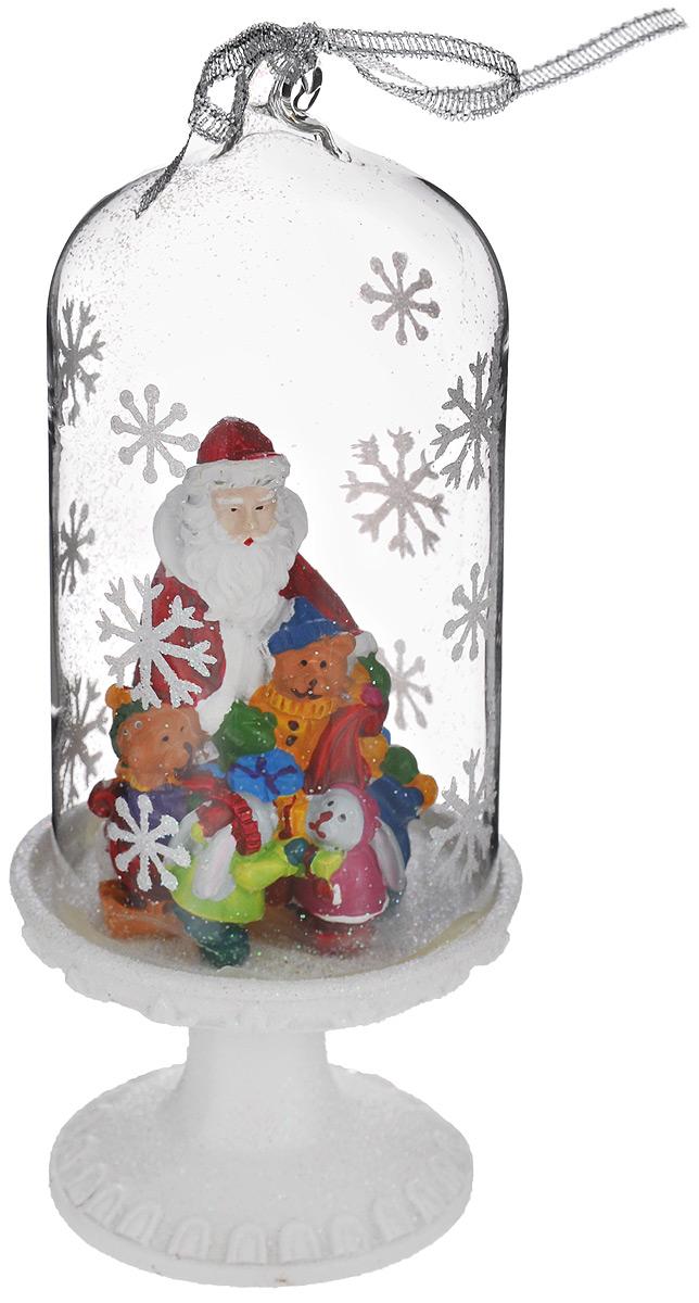 Новогоднее декоративное украшение Феникс-презент Дед Мороз и зверята, высота 14 см39167Новогоднее декоративное украшение Феникс-презент Дед Мороз и зверята отлично подойдет для декора интерьера вашего дома в преддверии Нового года. Изделие представляет собой стеклянный купол на подставке. Внутри расположена фигурка Деда Мороза с маленькими зверятами, выполненная из полирезины. Изделие оформлено глиттером и изображением снежинок. Сверху имеется текстильная петелька, благодаря которой украшение можно подвесить на елку. Новогодние украшения всегда несут в себе волшебство и красоту праздника. Создайте в своем доме атмосферу тепла, веселья и радости, украшая его всей семьей.