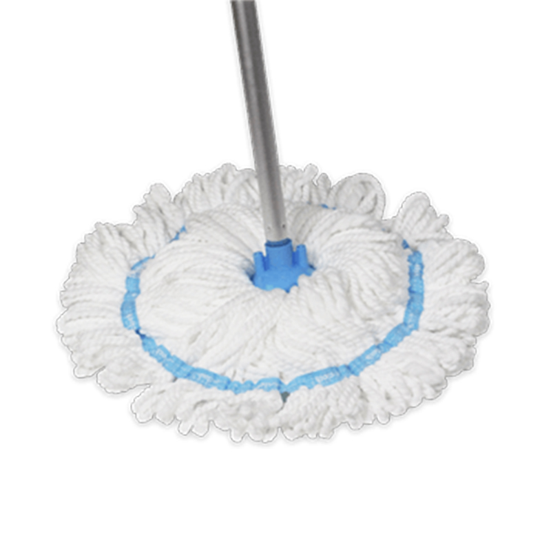 Швабра E-cloth Классик, с телескопической ручкой20645Швабра E-cloth Классик с телескопической ручкой, сделанной из надежного легкого алюминия, имеет длинные и плотные кисточки, изготовленные из e-cloth волокон, обладающих уникальными впитывающими свойствами и позволяющие легко очистить поверхность от пыли, жира и бактерий без использования химическийх средств.Сменная насадка надежно крепится на швабру и пригодна для стирки в стиральной машине.Телескопическая ручка: 1 м - 1,5 м. Материал швабры: алюминий, пластик.Состав сменной насадки: 100% полиэстер. Насадка выдерживает до 300 циклов стирки без потери эффективности.
