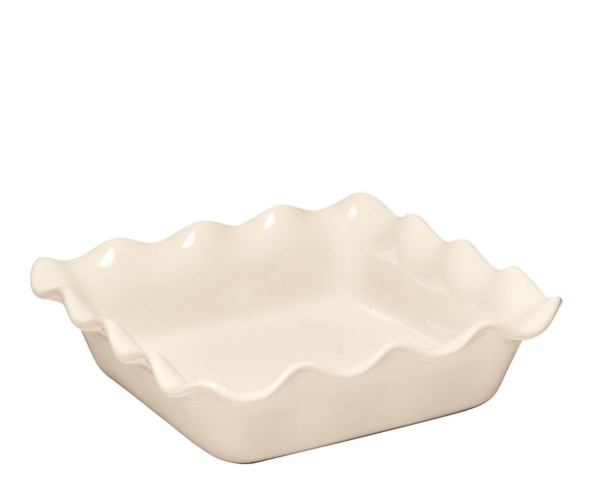 Форма для запекания Emile Henry, квадратная, 24 х 24 х 7 см22087Квадратная форма для запекания Emile Henry с волнистыми краями изготовлена из высокопрочной огнеупорной керамики. В ней можно выпекать любые виды сладких и пряных пирогов, кексов. При приготовлении в керамической посуде сохраняются питательные вещества и витамины. Керамика - один из самых лучших материалов, который удерживает тепло, медленно и равномерно его распределяет. Оригинальный дизайн и насыщенный цвет формы повысят вам настроение и добавят яркости вашему столу. Можно использовать в морозильной камере, микроволновой печи и духовом шкафу.