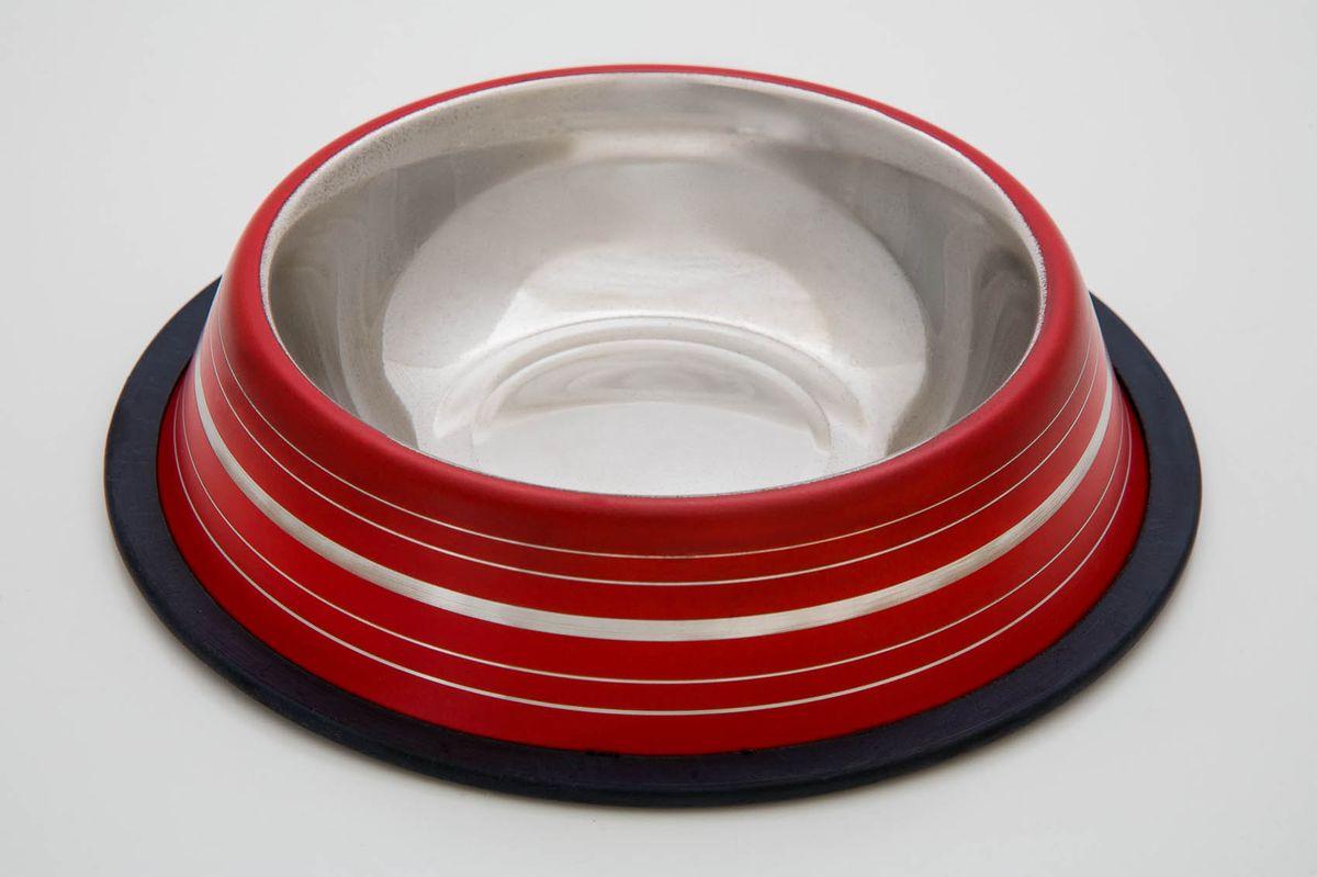 Миска для животныx VM, нескользящая, цвет: красный, 240 мл3050Яркая миска понравится вашему питомцу. Миска не скользит, поэтому очень удобна в использовании. Миска выполнена из металла.