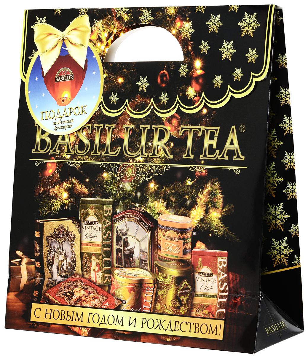 Basilur Праздничный набор №4 Вязаная Фолк Индиго, 100 г10026-00Праздничный новогодний набор Basilur включает в себя стильный пакет из дизайнерского картона с изображением подарков под новогодней ёлкой и упаковку цейлонского чая Basilur Фолк Индиго внутри. Этот превосходный напиток с ароматом свежих ягод смородины и черники создаст атмосферу уюта, а приятным сюрпризом для получившего этот праздничный набор в подарок, станет небесный фонарик, который помогает заветному желанию сбыться!
