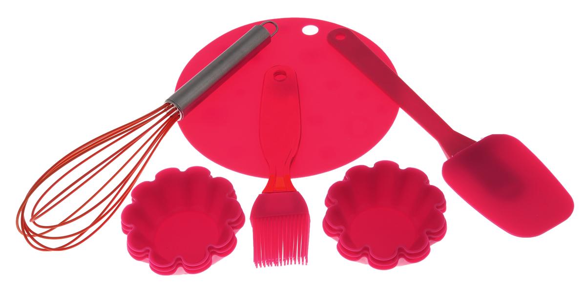 Набор для выпечки Marmiton, цвет: красный, оранжевый, 10 предметов11164Если вы любите побаловать своих домашних вкусной и ароматной выпечкой по вашему оригинальному рецепту, то набор для выпечки Marmiton как раз то, что вам нужно!Он прекрасно подходитдля приготовления выпечки, шоколада, желирования, замораживания, а также для приготовления птицы, мяса, рыбы, фаршированных овощей и фруктовых десертов. Набор состоит из шести формочек, лопатки, кисти, коврика и венчика. Предметы набора выполнены из силикона. Силикон устойчив к перепадам температуры от -40°C до +230°C, практичен при хранении за счет гибкости. Рукоятка венчика изготовлена из нержавеющей стали. Кисточка предназначена для смазывания выпечки яйцом, кремом, глазурью, а также для смазывания сковороды маслом при приготовлении блинов и оладий. Лопатка предназначена для вынимания готовой выпечки с противня. Венчик легко взбивает тесто и другие продукты. Коврик можно использовать под выпечку, чтобы та не пригорела. Силиконовые формы обладают естественными антипригарными свойствами. Не прилипающая поверхность идеальна для духовки, морозильника, микроволновой печи и аэрогриля. Предметы набора можно мыть в посудомоечной машине, использовать в микроволновой печи, духовом шкафу и морозильной камере.Диаметр коврика: 17,5 см.Размер рабочей поверхности лопатки: 8,5 см х 6,5 см х 1 см.Длина лопатки: 25 см.Длина ворса кисти: 3,3 см.Длина кисти: 18,5 см.Размер рабочей поверхности венчика: 15 см х 7 см х 5,5 см.Длина венчика: 28 см.Диаметр формочки по верхнему краю: 7,5 см.Высота стенки формочки: 3 см.