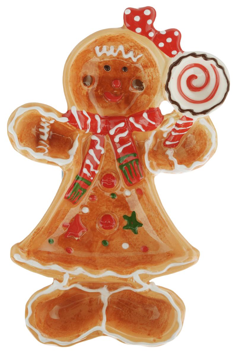 Блюдо House & Holder Снеговик, 20 см х 13 см х 3 смYM121252-3A/BБлюдо House & Holder Снеговик выполнено из высококачественного фаянса. Блюдо изготовлено в форме снеговика с леденцом в руках. Ножки снеговика и леденец в его руках являются отдельными небольшими емкостями. Данное блюдо сочетает в себе оригинальный дизайн с максимальной функциональностью, оно отлично подойдет для подачи десертов, фруктовых салатов, соусов. Красочность оформления особенно подойдет для новогоднего торжества.