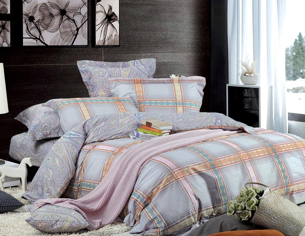 Комплект белья Диана La Vanille, 2-спальный, наволочки 70х70, цвет: серо-голубой, розовый. С-597-175-180-70С-597-175-180-70Комплект постельного белья Диана La Vanille состоит из пододеяльника, простыни и двух наволочек. Белье бесшовное и имеет изысканный внешний вид. Изготовлено из бязи люкс (100% хлопка).Бязь - это ткань из экологически чистого и натурального 100% хлопка. Неоспоримым плюсом белья из такой ткани является мягкость и легкость, она прекрасно пропускает воздух, приятна на ощупь, не образует катышков на поверхности и за ней легко ухаживать. При соблюдении рекомендаций по уходу это белье выдерживает много стирок, не линяет и не теряет свою первоначальную прочность. Уникальная ткань обеспечивает легкую глажку.Приобретая комплект постельного белья Диана La Vanille, вы можете быть уверенны в том, что покупка доставит вам и вашим близким удовольствие и подарит максимальный комфорт.