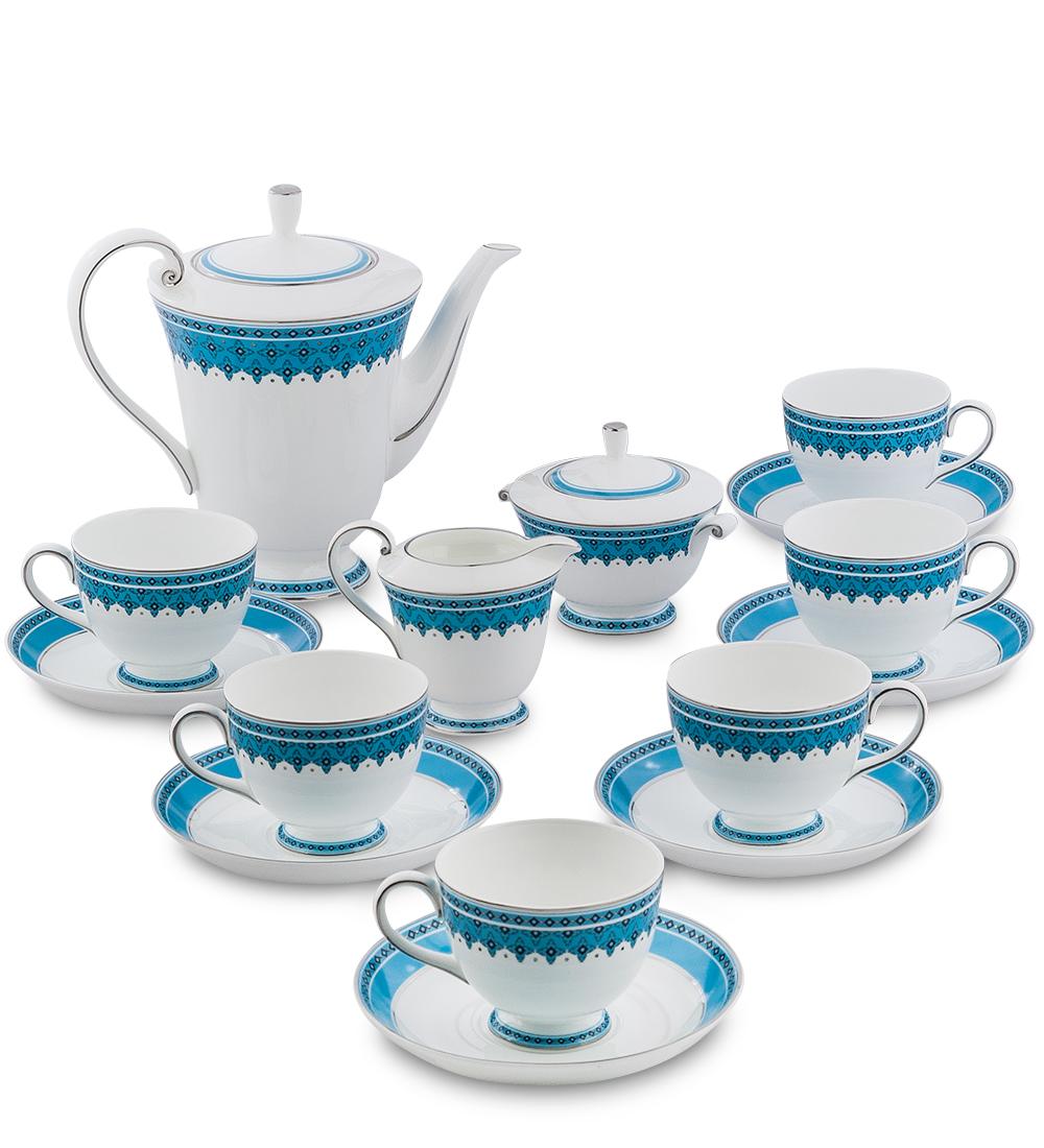 Сервиз чайный Pavone Византия, цвет: белый, голубой, 15 предметов451569Чайный сервиз Pavone Византия состоит из 6 чашек, 6 блюдец, заварочного чайника, молочника и сахарницы. Изделия выполнены из фарфора и оформлены оригинальным орнаментом.Изящный дизайн придется по вкусу и ценителям классики, и тем, кто предпочитаетутонченность и изысканность. Он настроит на позитивный лад и подарит хорошеенастроение с самого утра. Сервиз чайный - идеальный и необходимый подарокдля вашего дома и для ваших друзей в праздники, юбилеи и торжества! Он такжестанет отличным корпоративным подарком и украшением любой кухни.Диаметр чашки по верхнему краю: 8,5 см.Высота чашки: 7 см.Диаметр блюдца: 15,5 см.Высота сахарницы (без учета крышки): 7 см.Диаметр сахарницы по верхнему краю: 10,5 см. Диаметр отвестия сахарницы: 5,5 см. Высота чайника (без учета крышки): 17 см.Диаметр чайника по верхнему краю: 14 см. Диаметр отвестия чайника: 6,5 см.Высота молочника: 8 см.Диаметр молочника по верхнему краю: 8,5 см. Диаметр отвестия молочника: 5,5 см.