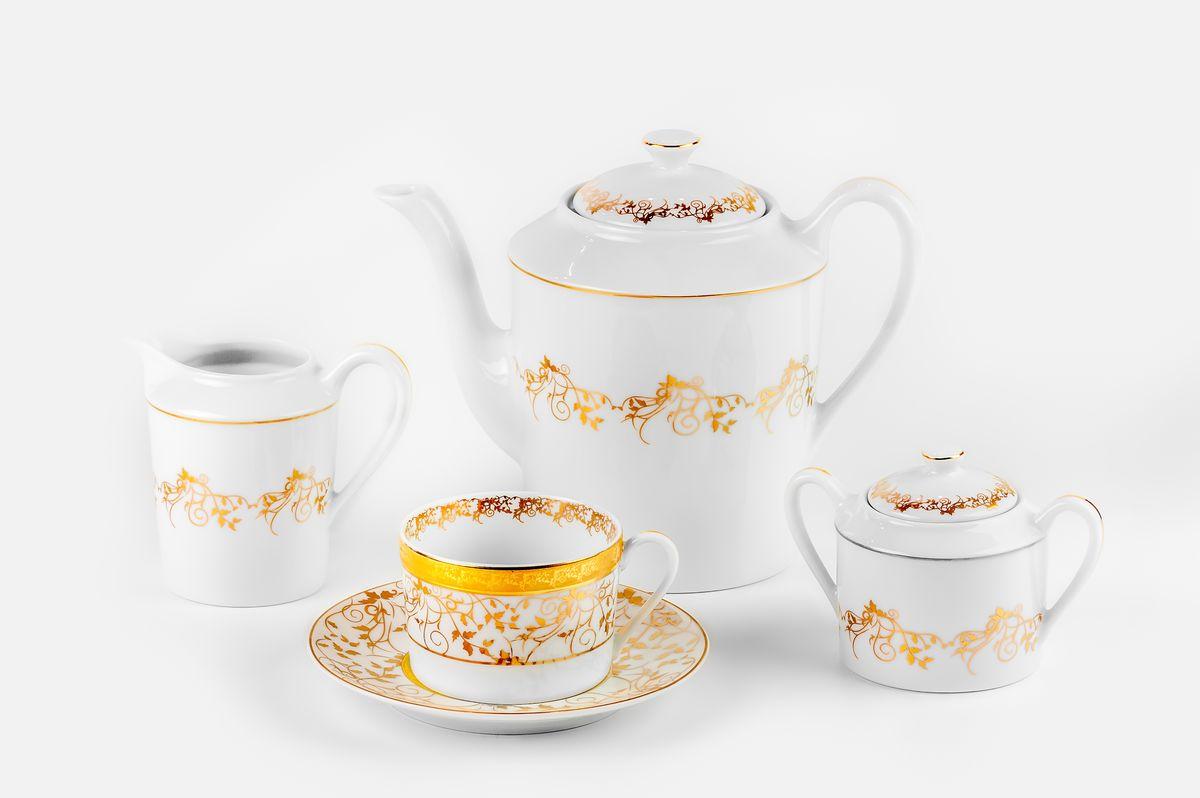 Mimosa Lierre Or 947, сервиз чайный 15 предметов, цвет: белый с золотом539509947Чайник 1,2л, сахарница 250мл, молочник 300мл, чайная пара 220 мл *6 штук. Фарфор фабрики Tunisie Porcelaine, производится в Тунисе из знаменитой своим качеством и белизной глины, добываемой во французской провинции Лимож.Преимущества этого фарфора заключаются в устойчивости к сколам и трещинам, что возможно благодаря двойному термическому обжигу. Европейский дизайн, декор и формы обеспечиваются за счет тесного сотрудничества фабрики с ведущими мировыми дизайн-бюро такими как: Nelly Reynal, Yves De la Rosiere, Sarah Anderson, Heracles. Материал: фарфор: цвет: белый с золотомСерия: MIMOSA