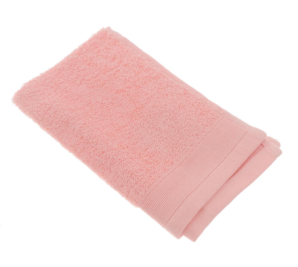Полотенце махровое Guten Morgen, цвет: персиковый, 30 х 50 смПМп-30-50Махровое полотенце Guten Morgen, изготовленное из натурального хлопка, прекрасно впитывает влагу и быстро сохнет. Высокая плотность ткани делает полотенце мягкими, прочными и пушистыми. При соблюдении рекомендаций по уходу изделие сохраняет яркость цвета и не теряет форму даже после многократных стирок. Махровое полотенце Guten Morgen станет достойным выбором для вас и приятным подарком для ваших близких. Мягкость и высокое качество материала, из которого изготовлено полотенце, не оставит вас равнодушными.