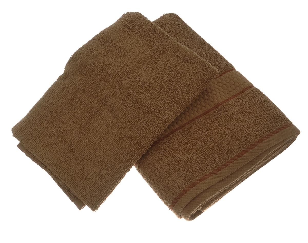 Набор махровых полотенец Aisha Home Textile, цвет: коричневый, 2 штУзТ-КМП-09-20Набор Aisha Home Textile состоит из двух махровых полотенец разного размера, выполненных из натурального 100% хлопка. Изделия отлично впитывают влагу, быстро сохнут, сохраняют яркость цвета и не теряют формы даже после многократных стирок.Полотенца очень практичны и неприхотливы в уходе. Комплектация: 2 шт.