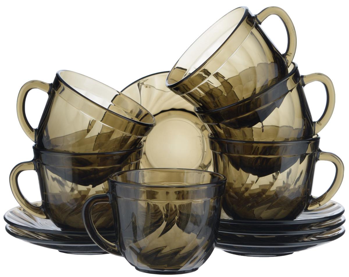 Набор чайный Luminarc Ocean Eclipse, 12 предметовH9147Чайный набор Luminarc Ocean Eclipse состоит из 6 чашек и 6 блюдец. Изделия выполнены из высококачественного ударопрочного стекла дымчатого цвета, украшены красивым элегантным рельефом. Посуда отличается прочностью, гигиеничностью и долгим сроком службы, она устойчива к появлению царапин и резким перепадам температур. Такой набор прекрасно подойдет как для повседневного использования, так и для праздников или особенных случаев. Чайный набор Luminarc - это не только яркий и полезный подарок для родных и близких, это также великолепное дизайнерское решение для вашей кухни или столовой. Изделия можно мыть в посудомоечной машине и использовать в СВЧ-печи. Объем чашки: 200 мл. Диаметр чашки (по верхнему краю): 8,5 см. Высота чашки: 6,5 см. Диаметр блюдца: 13 см.