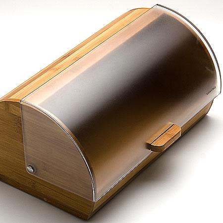 Хлебница Mayer & Boch, 26 х 19 х 39 см. 2315523155Классическая хлебница Mayer & Boh, изготовленная из экологически чистых материалов - дерева и пластика, поможет надолго сохранить ваш хлеб свежим. Крышка хлебницы имеет надежный механизм и не занимает дополнительного места для открытия, легко и бесшумно открывается и закрывается. Яркий дизайн, эстетичность и функциональность сделают хлебницу превосходным аксессуаром на вашей кухне.