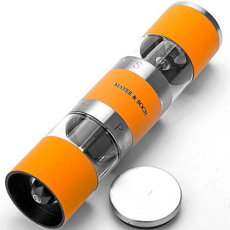 24170 Перцемолка 2 в 1 20см МВ (х24)24170Електрическая солонка и перечницаМатериал: Корпус - керамика Внутренняя стенка - АБС Контейнер - акрил Поверхность - полированная нержавеющая стальЦвет: оранжевыйРазмер коробки: 4,8*4,8*19,5 смАксессуары: 1 предметВес: 187 гЭлегантный современный дизайн. Мелющий механизм изготовлен из первоклассной нержавеющей стали,которая сохраняет аромат специй надолго.