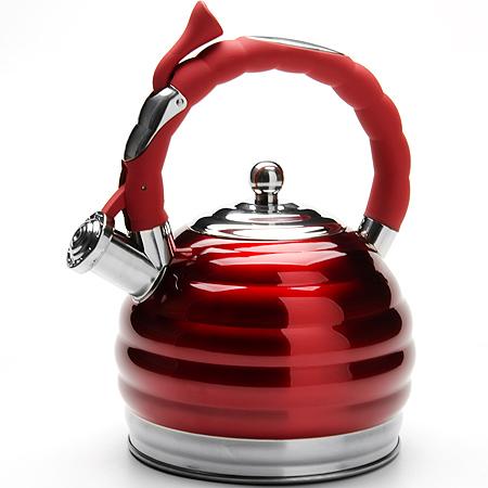 Чайник Mayer & Boch, со свистком, 3 л24968Чайник изготовлен из высококачественной нержавеющей стали. Капсулированное дно с прослойкой из алюминия обеспечивает наилучшее распределение тепла. Удобная фиксированная ручка выполнена из бакелита, также на ручке расположена клавиша механизма открывания носика. Носик чайника оснащен насадкой-свистком, который позволяет контролировать процесс кипячения или подогрева воды. Поверхность чайника рифленая с зеркальным блеском. Подходит для мытья в посудомоечной машине.
