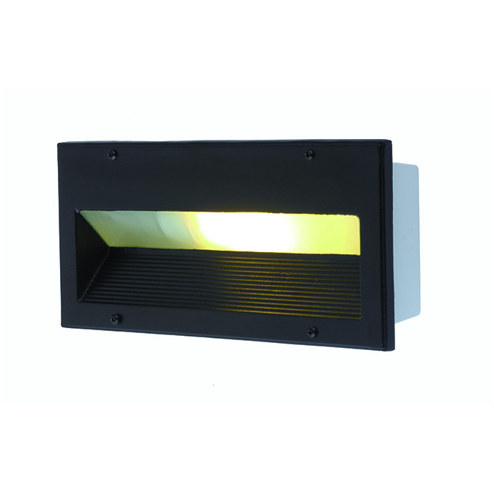 Светильник уличный Arte Lamp Brick. A5158IN-1BKA5158IN-1BKУличный светильник Arte Lamp Brick поможет создать в вашем доме или придомовом участке атмосферу уюта и комфорта. Благодаря высококачественным материалам он практичен в использовании и отлично работает на протяжении долгого периода времени. Встраиваемый светильник прямоугольной формы предназначен для освещения пространства на улице. Монтажное отверстие: 25,5х10 см. Глубина встраиваемой части: 8 см. Лампы: Е27, 1х60 Ватт.