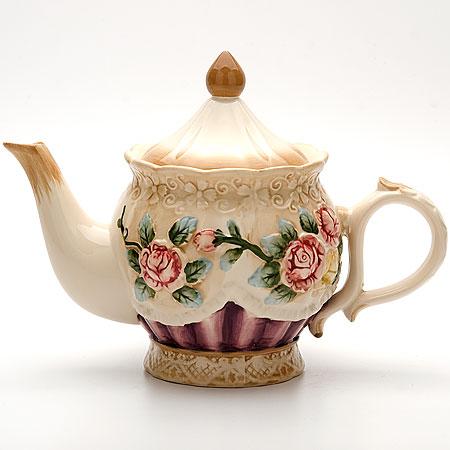 22445 Заварочный чайник 900мл с/кр РОЗЫ МВ (х12)22445Заварочный чайникОбъем: 900млМатериал: доломитЦветное покрытие: голубой, розовыйРазмер упаковки: 21,6х15,3х13,7смВес: 660г