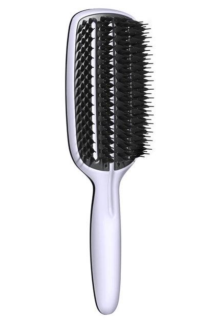 Tangle Teezer Расческа для волос Blow-Styling Full Paddle370206Tangle Teezer - оригинальная профессиональная расческа для расчесывания волос, которая позволит вам с легкостью всего за одну минуту безрывков и напряжения расчесать мокрые или окрашенные волосы, не причиняя им вреда. Эта расческая делает легким и приятным расчесываниедаже спутанных волос!Товар сертифицирован.