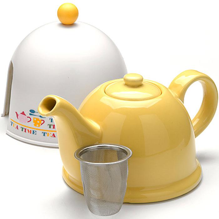 24312 Чайник-завар. 0,8л с термо-колпакомМВ (х16)24312Керамический заварочный чайник с термо-колпаком и ситечкомМатериал: керамика, металл, пластик. Цвет: желый+белый Объем: 0,8 л. Диаметр чайника (по верхнему краю): 6 см. Диаметр основания чайника: 13 см. Высота чайника (без учета крышки): 12 см. Высота ситечка: 6 см. Высота колпака: 14 см. Вес:645 г Размер упаковки: 18,5 см х 15,5 см х 15 см. Вес упаковки: 813 гЗаварочный чайник Mayer & Boch изготовлен из высококачественной глазурованной керамики желтого цвета. Внутри чайника установлен сетчатый фильтр, который задерживает чаинки и предотвращает их попадание в чашку. Чайник снабжен удобной ручкой. . В комплекте - термо-колпак, выполненный из пластика белого цвета. Внутренняя поверхность колпака отделана теплосберегающей тканью,благодаря которому чай дольше остается горячим. Колпак имеет специальные выемки для носика и ручки. Чай в таком чайнике быстрее заваривается, дольше остается горячим, а полезные и ароматические вещества полностью сохраняются в напитке. Яркий стильный заварочный чайник эффектно украсит стол к чаепитию и станет его неизменным атрибутом.