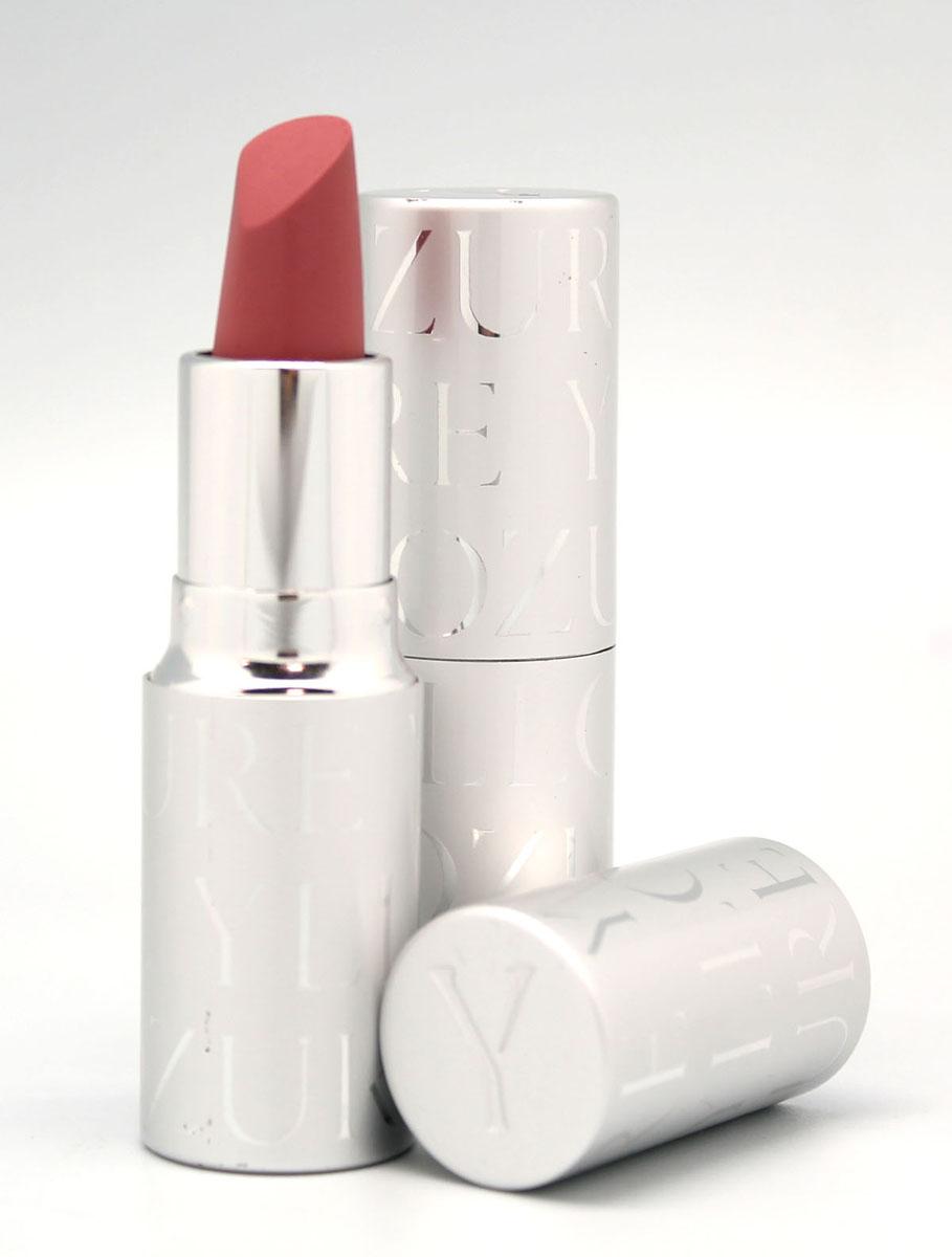 YZ Губная помада ROUGE PUR, тон 10, 4,5 г1010Классическая помада для губ, сочетающая в себе свойства декоративного, ухаживающего и защитного средства. Сложные, благородные оттенки помад этой серии удовлетворяют требованиям самого изысканного макияжа. Масла и увлажняющие компоненты деликатно ухаживают за нежной кожей губ, защищая ее от сухости. Система новейших скользящих соединений в составе Rouge а Lиvres Rouge Pur обеспечивает идеальное нанесение и полную однородность цветового покрытия. Мягкая, неощутимая на губах помада содержит уникальный комплекс красящих веществ, соединяющихся с естественным пигментом губ и усиливающих со временем их природную яркость.В состав помады входят так же два дополняющих друг друга линейных полимера. Один из них образует при нанесении абсолютно гладкое покрытие, выравнивающее рельеф кожи губ, а другой – создает защитную пленку, обеспечивающую стойкость помады и защищающую губы от обветривания и потери естественной влаги. В результате, яркие и нежные губы не только великолепно выглядят, но и целый день пребывают в условиях защищенности и абсолютного комфорта.