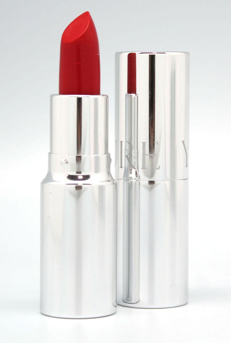 YZ Губная помада ROUGE PUR, тон 31, 4,5 г1031Классическая помада для губ, сочетающая в себе свойства декоративного, ухаживающего и защитного средства. Сложные, благородные оттенки помад этой серии удовлетворяют требованиям самого изысканного макияжа. Масла и увлажняющие компоненты деликатно ухаживают за нежной кожей губ, защищая ее от сухости. Система новейших скользящих соединений в составе Rouge а Lиvres Rouge Pur обеспечивает идеальное нанесение и полную однородность цветового покрытия. Мягкая, неощутимая на губах помада содержит уникальный комплекс красящих веществ, соединяющихся с естественным пигментом губ и усиливающих со временем их природную яркость.В состав помады входят так же два дополняющих друг друга линейных полимера. Один из них образует при нанесении абсолютно гладкое покрытие, выравнивающее рельеф кожи губ, а другой – создает защитную пленку, обеспечивающую стойкость помады и защищающую губы от обветривания и потери естественной влаги. В результате, яркие и нежные губы не только великолепно выглядят, но и целый день пребывают в условиях защищенности и абсолютного комфорта.