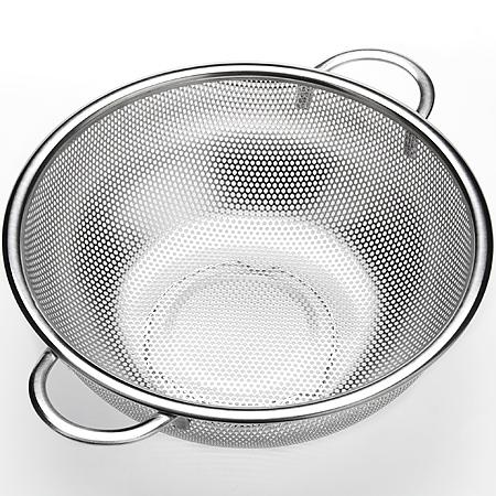 Сито Mayer & Boch, с ручками, диаметр 28 см. 2360723607Сито Mayer & Boch, выполненное из нержавеющей стали, станет незаменимым аксессуаром на вашей кухне. Предназначено для просеивания ипроцеживаниямуки, промывания круп, ягод и фруктов. Сито оснащено удобными ручками. Прочная стальная сетка и корпус обеспечивают изделиюизносостойкость и долговечность.Подходит для чистки в посудомоечной машине. Толщина стенок: 0,35 мм. Диаметр:28 см. Вес: 385 г.