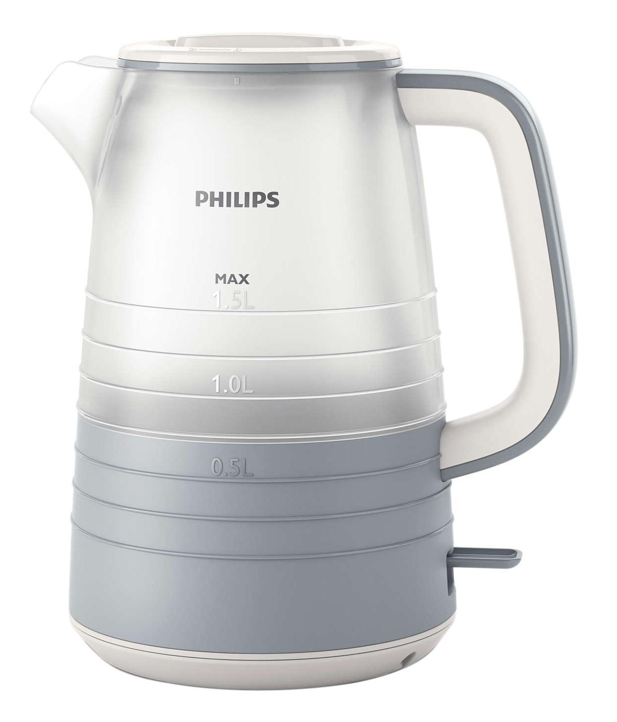 Philips HD9335/31 электрический чайникHD9335/31Благодаря тщательно продуманному дизайну уровень воды в чайнике просматривается под любым углом. Кроме того, микрофильтр эффективно фильтрует воду, удерживая известковые отложения. Надежное и эффективное кипячение воды и долгий срок службы.Понятный индикатор уровня воды просматривается с любой стороны благодаря прозрачному корпусу. Уровень воды обозначается с помощью стильных полосок с указанием количества чашек.Особый дизайн крышки, ручки и переключателя предотвращает образование конденсата и контакт с паром.Съемный микрофильтр в носике удерживает все частицы накипи размером > 180 микрон, чтобы вода всегда была чистой.Комплексная система безопасности для предотвращения короткого замыкания и выкипания воды. Функция автовыключения активируется, когда процесс завершается или прибор снимается с основания.Шнур оборачивается вокруг основания, что позволяет легко разместить чайник на кухне.Встроенный нагревательный элемент из нержавеющей стали обеспечивает быстрое кипячение и простую чистку.