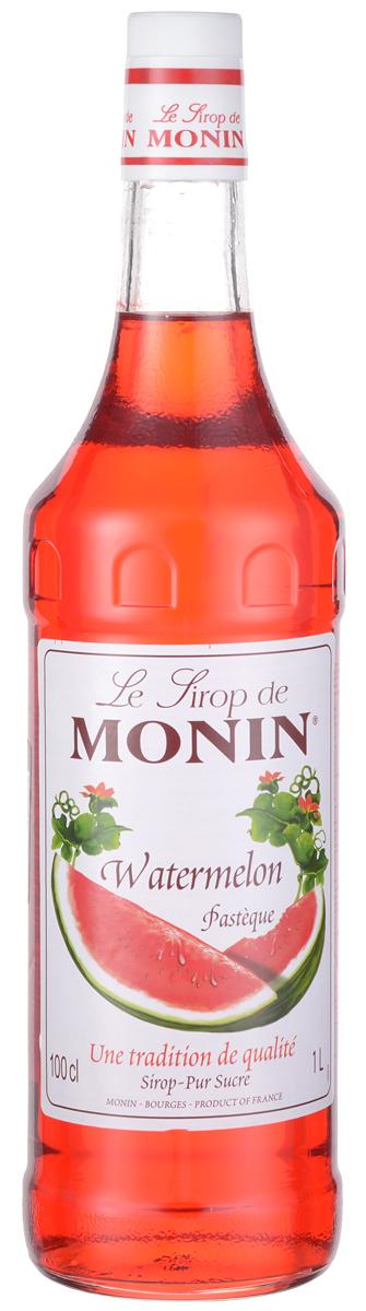 Monin Арбуз сироп, 1 лSMONN0-000071Никакой другой фрукт так хорошо как арбуз не утоляет жажды. Хотя арбузы могут теперь быть найдены на рынке в течение года, сезон для арбуза лето, когда плоды сладкое и лучшего качества. При использовании сиропа MONIN АрбузЭ в ваших напитках, вы добавите истинный вкус арбуза летнего периода в любое время.ВКУС Сильный чистый аромат арбуза, экзотичный и сочный вкус арбуза. ПРИМЕНЕНИЕ Коктейли, фруктовые пунши, содовые, лимонады. Сиропы Monin выпускает одноименная французская марка, которая известна как лидирующий производитель алкогольных и безалкогольных сиропов в мире. В 1912 году во французском городке Бурже девятнадцатилетний предприниматель Джордж Монин основал собственную компанию, которая специализировалась на производстве вин, ликеров и сиропов. Место для завода было выбрано не случайно: город Бурже находился в непосредственной близости от крупных сельскохозяйственных районов - главных поставщиков свежих ягод и фруктов.Производство сиропов стало ключевым направлением деятельности компании Monin только в 1945 году, когда пост главы предприятия занял потомок основателя - Пол Монин. Именно под его руководством ассортимент марки пополнился разнообразными сиропами из натуральных ингредиентов, которые молниеносно заслужили блестящую репутацию в кругу поклонников кофейных напитков и коктейлей. По сей день высокое качество остается базовым принципом деятельности французской марки. Сиропы Монин создаются исключительно из натуральных ингредиентов по уникальным технологиям, позволяющим сохранять в готовом продукте все полезные свойства природного сырья. Эксперты всего мира сходятся во мнении, что сиропы Monin - это законодатели мод в миксологии. Ассортимент французской марки на сегодняшний день является самым широким и насчитывает полторы сотни уникальных вкусовых решений. В каталоге компании можно найти как классические вкусы для кофейных напитков (шоколадный, ванильный, ореховый и другие сиропы), так и весьма экзотические варианты (сир