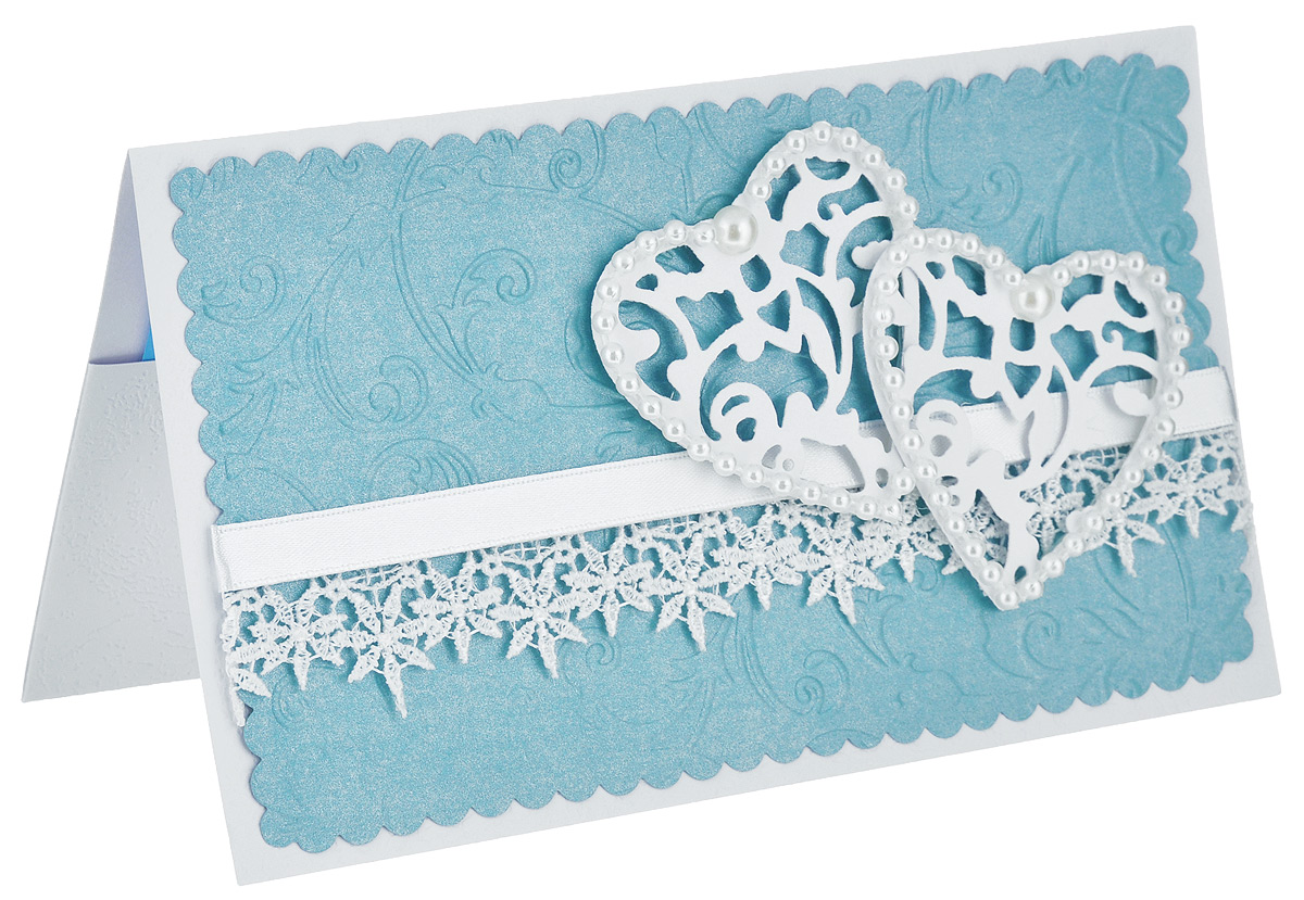 Открытка-конверт Два сердца. Студия Тётя Роза. ОСВ-0017ОСВ-0017 голубойОткрытка-конверт Два сердца выполнена из высокохудожественного картона. Нежное поздравление для влюбленных сердец. Два ажурных сердечка на тисненом фоне обрамлены нитью с жемчужными бусинами по контору. Открытку украшает атласная лента и изысканное кружево. Изделие может стать как прекрасным дополнением к вашему подарку, так и самостоятельным подарком, так как открытка одновременно является и конвертом, в который вы можете вложить ваш денежный подарок или подарочный сертификат, или же просто написать ваши пожелания на вкладыше.Открытки ручной работы от студии Тетя Роза отличаются своим неповторимым и ярким стилем. Каждая уникальна и выполнена вручную мастерами студии. Открытка упакована в пакетик для сохранности. Обращаем ваше внимание на то, что открытка может незначительно отличаться от представленной на фото.