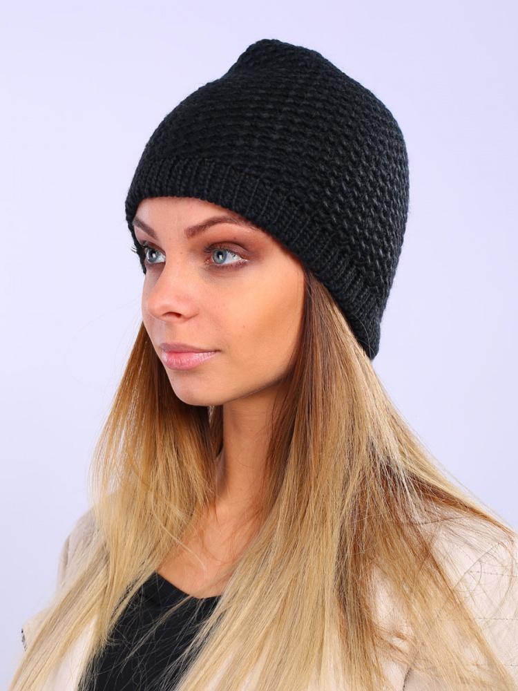 Шапка женская Venera, цвет: черный. 9800303-02. Размер универсальный9800303-02Вязаная женская шапка Venera отлично дополнит ваш образ в холодную погоду. Шапка выполнена крупной вязкой из мягкой пряжи, которая не доставит дискомфорта при носке. Сочетание шерсти и акрила максимально сохраняет тепло и обеспечивает удобную посадку. Теплая шапка станет отличным дополнением к вашему осеннему или зимнему гардеробу, в ней вам будет уютно и тепло!