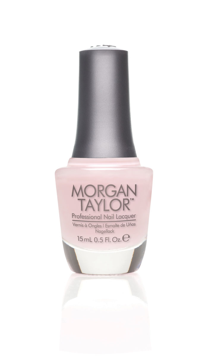 Morgan Taylor Лак для ногтей Simply Irresistible/Просто неотразим, 15 мл50006Полупрозрачный светло-розовый крем.Эксклюзивная коллекция Morgan Taylor™ насыщена редкими и драгоценными составляющими. Оттенки основаны на светящихся жемчужинах, оловянных сплавах, мерцающем серебре и лучезарном золоте. Все пигменты перетерты в мельчайшую пыль и используются без разбавления другими красителями: в итоге лак получается благородным и дорогим.Наша обязанность перед мастером маникюра — предложить безопасное профессиональное цветное покрытие. Именно поэтому наши лаки являются BIG3FREE: не содержат формальдегида, толуола и дибутилфталата.В работе с клиентом лак должен быть безупречным — от содержимого флакона до удобства нанесения. Индивидуальный проект и дизайн — сочетание удобства в работе и оптимального веса флакона. Кристально-прозрачное итальянское стекло — это качество стекла позволяет вам видеть цвет лака без искажений, поэтому вопрос выбора цветного покрытия клиентом и мастером решается быстро и с легкостью. Удобный колпачок — воздушный, почти невесомый, он будто создан, чтобы вы держали его пальцами рук при нанесении лака. Особенная кисть — очень тонкие волоски кисти позволят вам почувствовать себя настоящим художником и наносить лак гладко и равномерно.