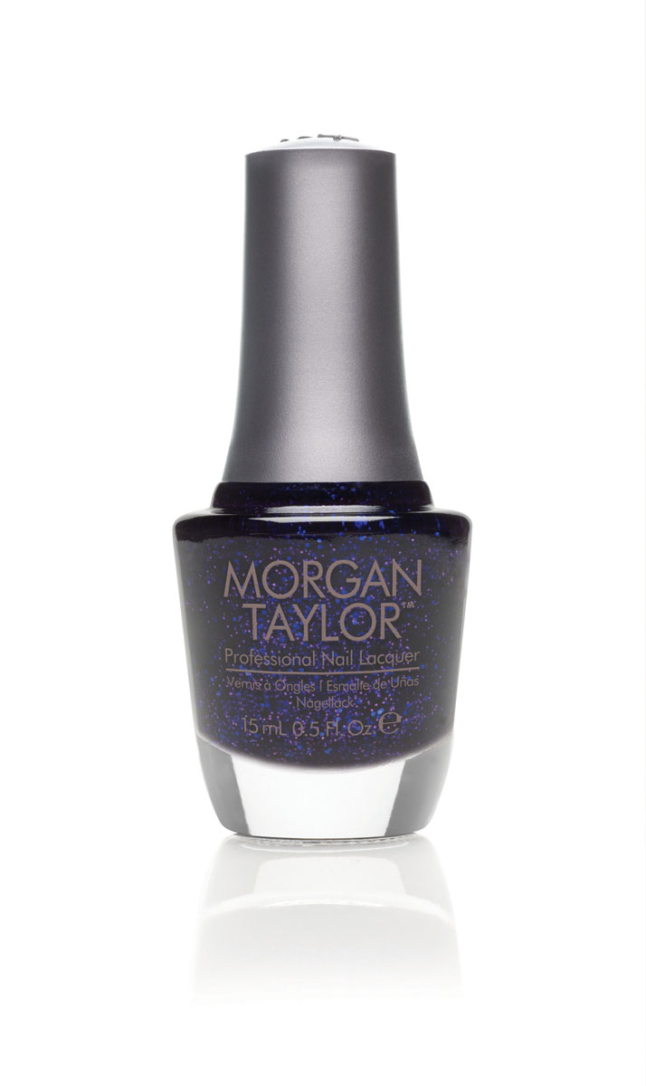 Morgan Taylor Лак для ногтей All The Right Moves/Все идет, как надо, 15 мл50050Сочный сиренево-фиолетовый глиттер.Эксклюзивная коллекция Morgan Taylor™ насыщена редкими и драгоценными составляющими. Оттенки основаны на светящихся жемчужинах, оловянных сплавах, мерцающем серебре и лучезарном золоте. Все пигменты перетерты в мельчайшую пыль и используются без разбавления другими красителями: в итоге лак получается благородным и дорогим.Наша обязанность перед мастером маникюра — предложить безопасное профессиональное цветное покрытие. Именно поэтому наши лаки являются BIG3FREE: не содержат формальдегида, толуола и дибутилфталата.В работе с клиентом лак должен быть безупречным — от содержимого флакона до удобства нанесения. Индивидуальный проект и дизайн — сочетание удобства в работе и оптимального веса флакона. Кристально-прозрачное итальянское стекло — это качество стекла позволяет вам видеть цвет лака без искажений, поэтому вопрос выбора цветного покрытия клиентом и мастером решается быстро и с легкостью. Удобный колпачок — воздушный, почти невесомый, он будто создан, чтобы вы держали его пальцами рук при нанесении лака. Особенная кисть — очень тонкие волоски кисти позволят вам почувствовать себя настоящим художником и наносить лак гладко и равномерно.