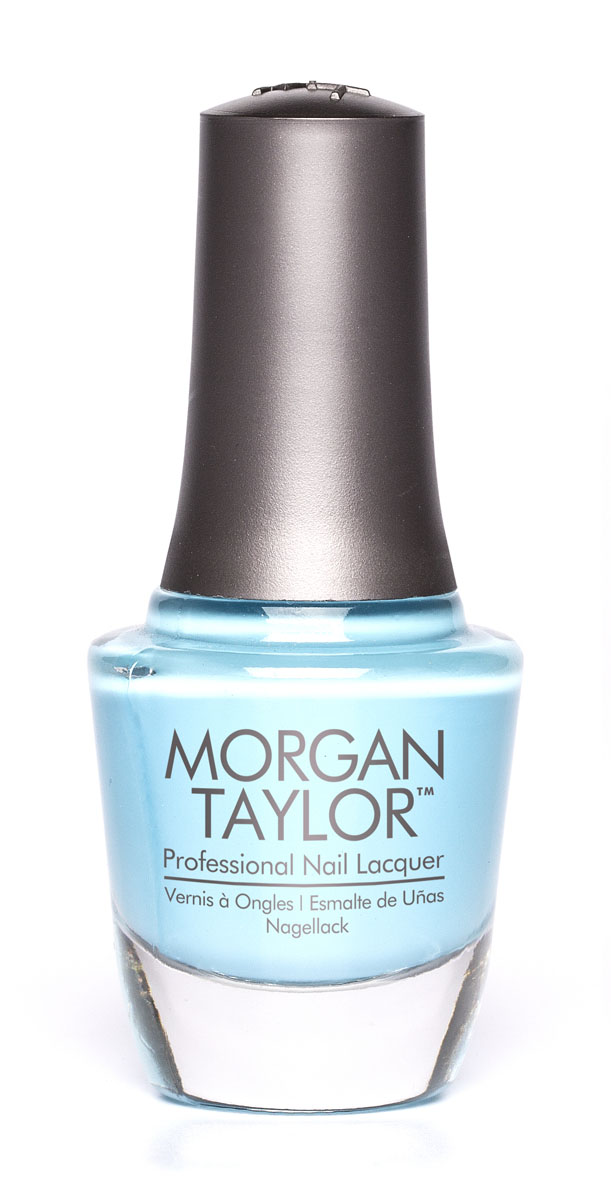 Morgan Taylor Лак для ногтей Varsity Jacket Blues/Цвет твоей победы, 15 мл50121Плотная пастельно-голубая эмаль.Эксклюзивная коллекция Morgan Taylor™ насыщена редкими и драгоценными составляющими. Оттенки основаны на светящихся жемчужинах, оловянных сплавах, мерцающем серебре и лучезарном золоте. Все пигменты перетерты в мельчайшую пыль и используются без разбавления другими красителями: в итоге лак получается благородным и дорогим.Наша обязанность перед мастером маникюра — предложить безопасное профессиональное цветное покрытие. Именно поэтому наши лаки являются BIG3FREE: не содержат формальдегида, толуола и дибутилфталата.В работе с клиентом лак должен быть безупречным — от содержимого флакона до удобства нанесения. Индивидуальный проект и дизайн — сочетание удобства в работе и оптимального веса флакона. Кристально-прозрачное итальянское стекло — это качество стекла позволяет вам видеть цвет лака без искажений, поэтому вопрос выбора цветного покрытия клиентом и мастером решается быстро и с легкостью. Удобный колпачок — воздушный, почти невесомый, он будто создан, чтобы вы держали его пальцами рук при нанесении лака. Особенная кисть — очень тонкие волоски кисти позволят вам почувствовать себя настоящим художником и наносить лак гладко и равномерно.