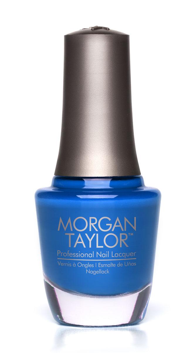 Morgan Taylor Лак для ногтей Don t Touch Me, Im Radioactive/Руками не трогать, 15 мл230025001Неоновый синий глиттер. Эксклюзивная коллекция Morgan Taylor™ насыщена редкими и драгоценными составляющими. Оттенки основаны на светящихся жемчужинах, оловянных сплавах, мерцающем серебре и лучезарном золоте. Все пигменты перетерты в мельчайшую пыль и используются без разбавления другими красителями: в итоге лак получается благородным и дорогим. Наша обязанность перед мастером маникюра — предложить безопасное профессиональное цветное покрытие. Именно поэтому наши лаки являются BIG3FREE: не содержат формальдегида, толуола и дибутилфталата. В работе с клиентом лак должен быть безупречным — от содержимого флакона до удобства нанесения. Индивидуальный проект и дизайн — сочетание удобства в работе и оптимального веса флакона. Кристально-прозрачное итальянское стекло — это качество стекла позволяет вам видеть цвет лака без искажений, поэтому вопрос выбора цветного покрытия клиентом и мастером решается быстро и с легкостью. Удобный колпачок — воздушный, почти невесомый, он будто создан, чтобы вы держали его пальцами рук при нанесении лака. Особенная кисть — очень тонкие волоски кисти позволят вам почувствовать себя настоящим художником и наносить лак гладко и равномерно.
