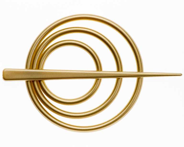 """Заколка для штор """"Goodliving"""" выполнена из высококачественного пластика.Заколка - это основной вид фурнитуры в декоре штор, сочетающий в себе не только декоративную функцию, но и практическую - регулировать поток света. Заколки способны украсить любую комнату.Диаметр декоративной части: 9 см.Длина палочки: 13,5 см."""
