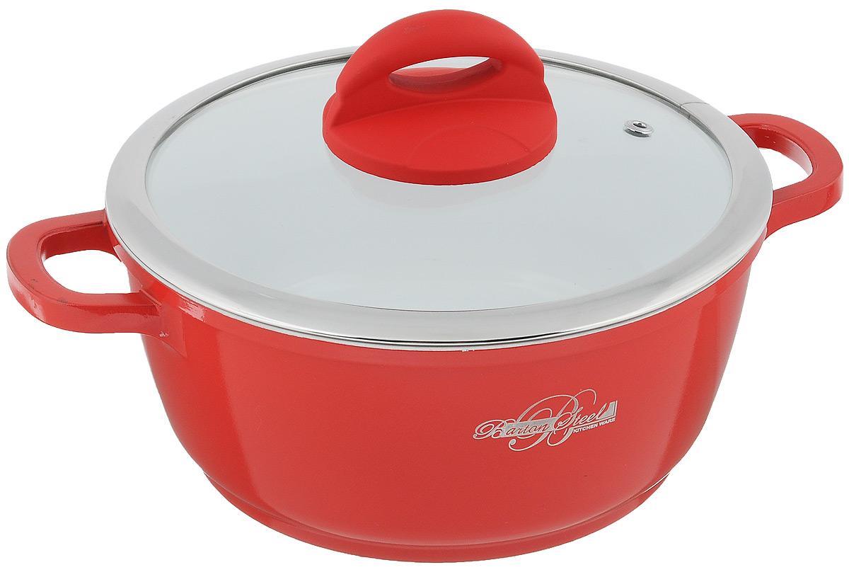 Кастрюля BartonSteel с крышкой, с керамическим покрытием, цвет: красный, 2,2 л6720BSКастрюля BartonSteel изготовлена из алюминия с высококачественным внутренним антипригарным керамическим покрытием. Такое покрытие прекрасно подходит для приготовления супов, жарки, пассировки и тушения, в посуде можно приготовить разнообразные блюда из мяса, рыбы, птицы и овощей практически не используя масло. Готовое блюдо получится не только вкусным, но и полезным.Кастрюля оснащена крышкой из жаропрочного стекла со стальным ободом, имеет эргономичную бакелитовую ручку и отверстие для вывода пара. Также в комплект входит две прихватки. Подходит для всех типов плит, включая индукционные. Можно мыть в посудомоечной машине. Диаметр кастрюли (по верхнему краю): 20 см.Высота стенки: 9,4 см. Ширина кастрюли (с учетом ручек): 27,5 см.